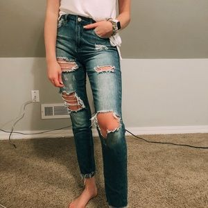 Very distressed Ymi mid wash jeans
